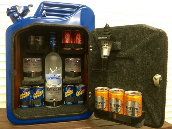 How To Turn A Jerry Can Into A Portable Mini Bar Diy