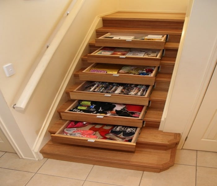 If storage is the problem because of the lack of space, DIY staircase drawers are the solution!