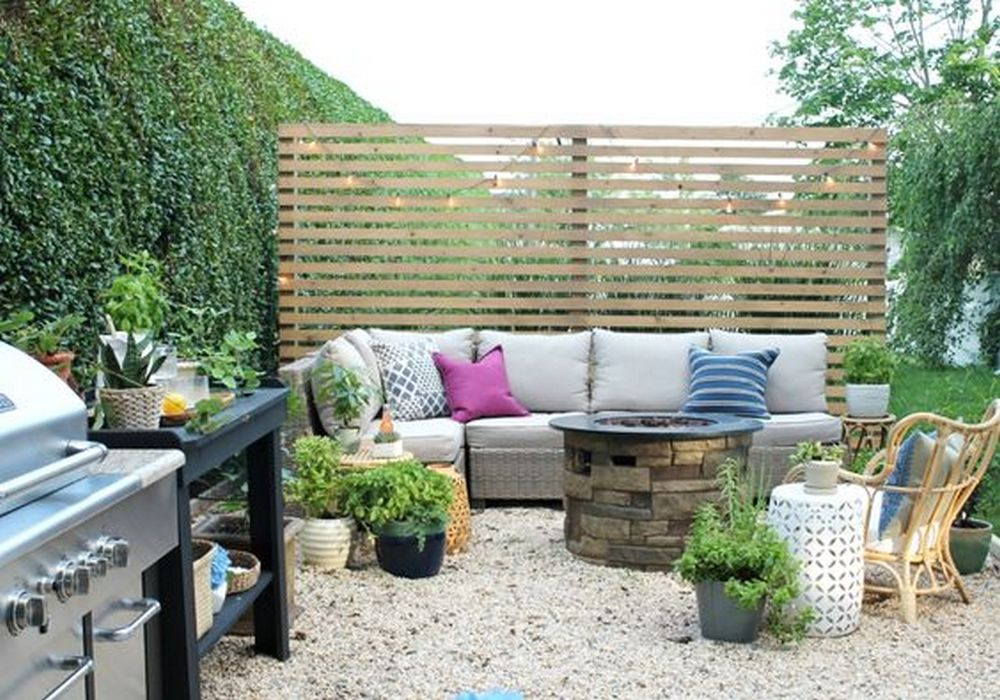 Set up an outdoor privacy bench that'll keep you away from the prying eyes of your neighbors.