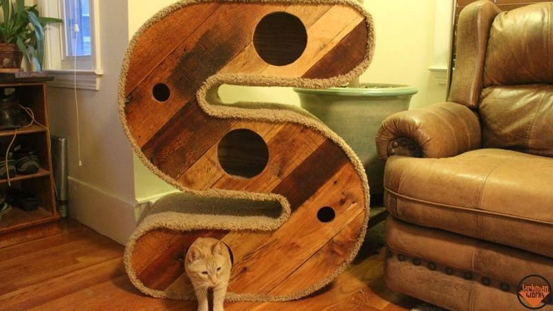 "DIY ""S"" Shaped Cat House/Tunnel"