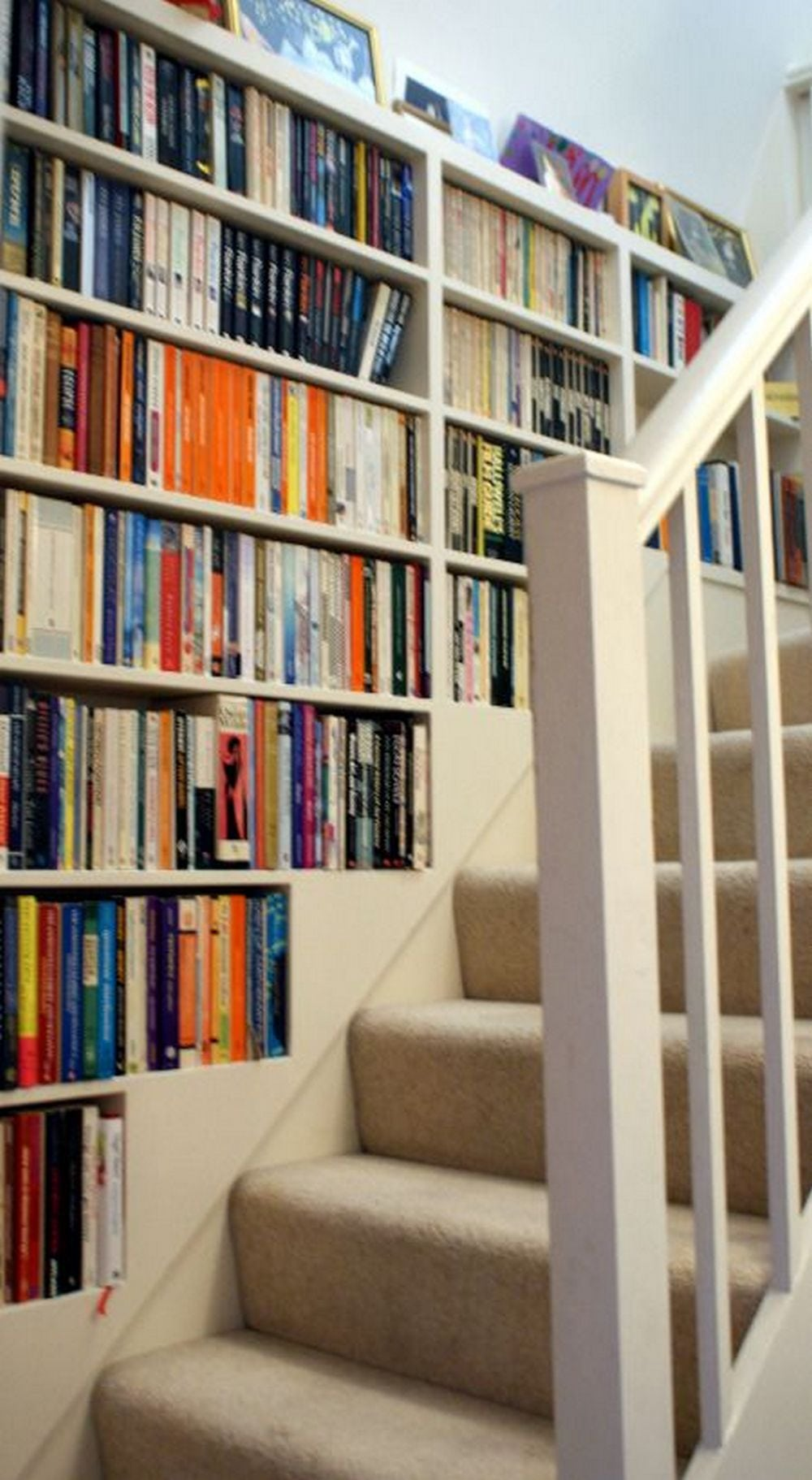 How to Build a Staircase Bookshelf