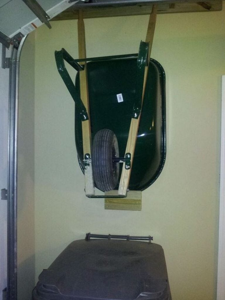 How to Build a Wheelbarrow Rack