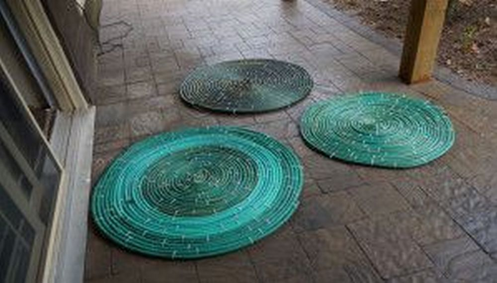 How to Turn Broken Hose into a Rug