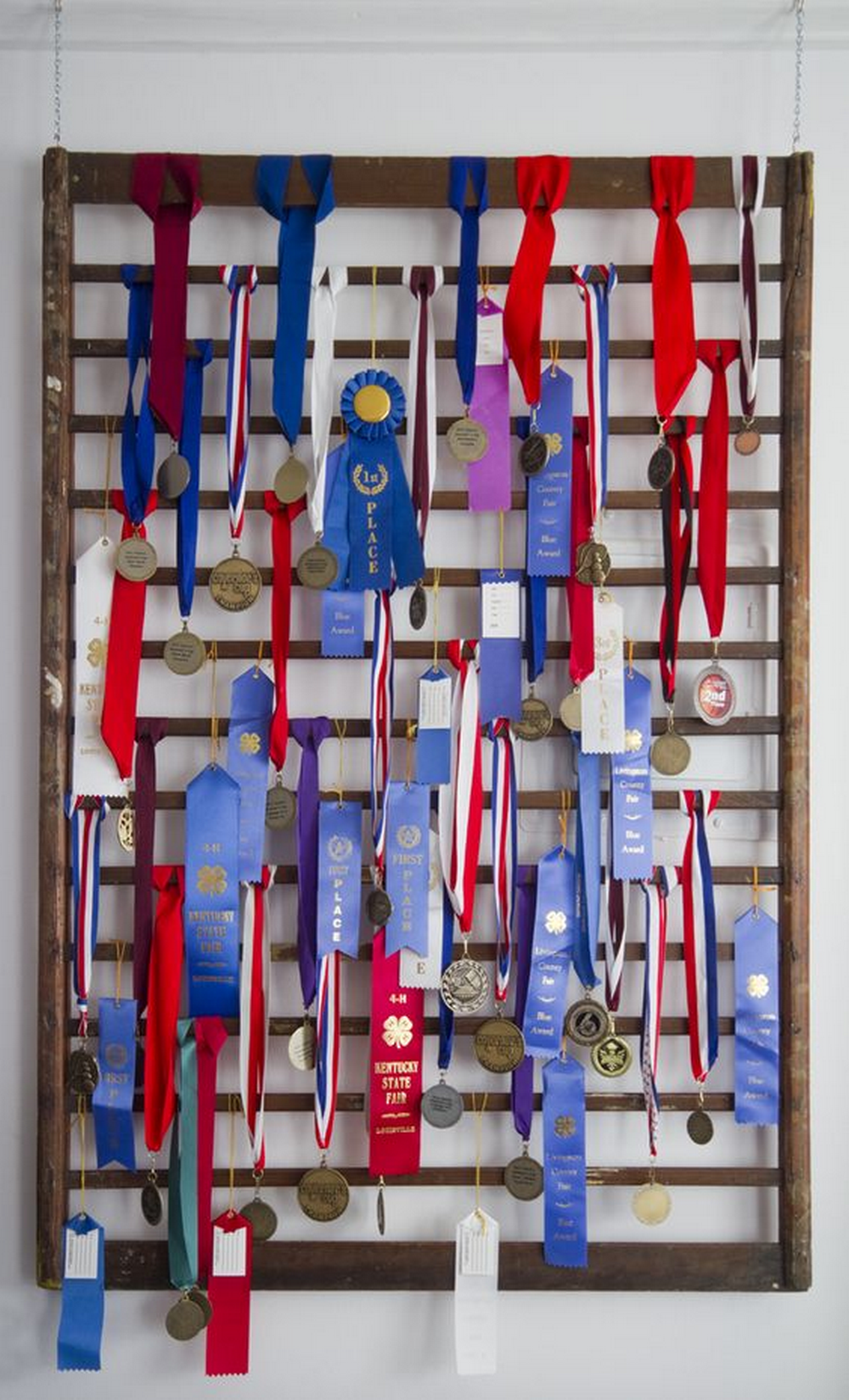 DIY Medal Display Rack