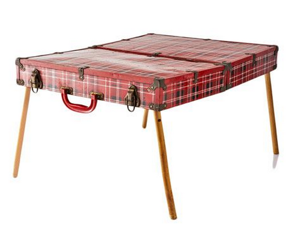 All it takes is an old suitcase and four table legs.
