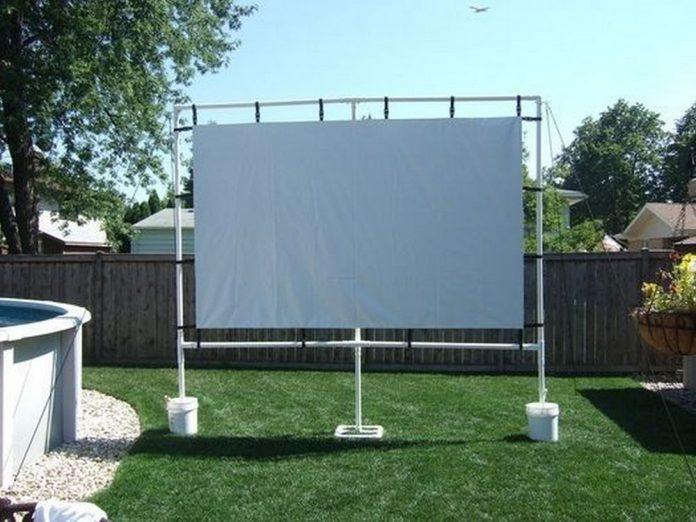 How To Build An Outdoor Movie Screen Diy Projects For