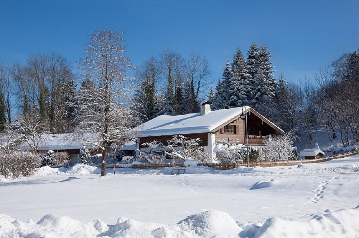 12 Tips on How to Prep Your Home for Winter