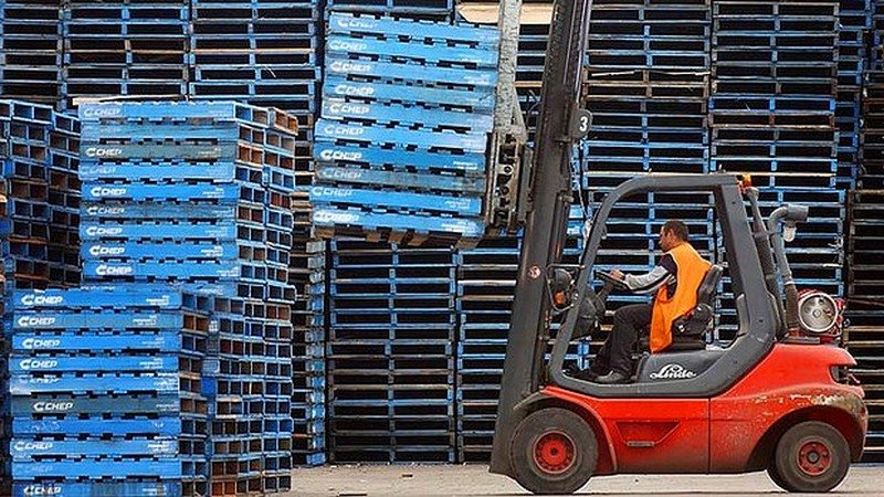Multi-use, branded pallets